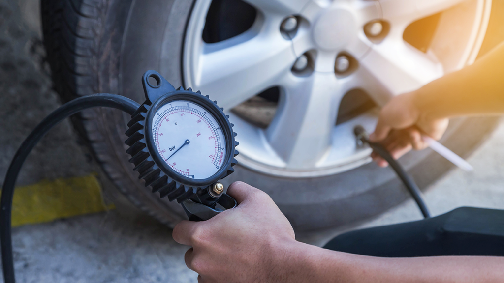 Check car tire pressure