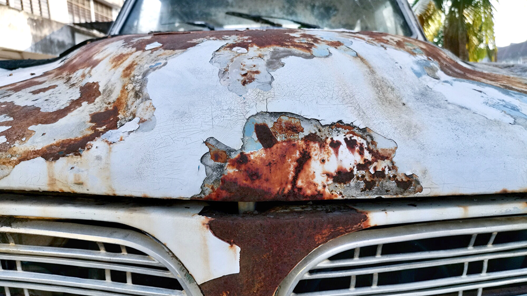 how to avoid rust on car